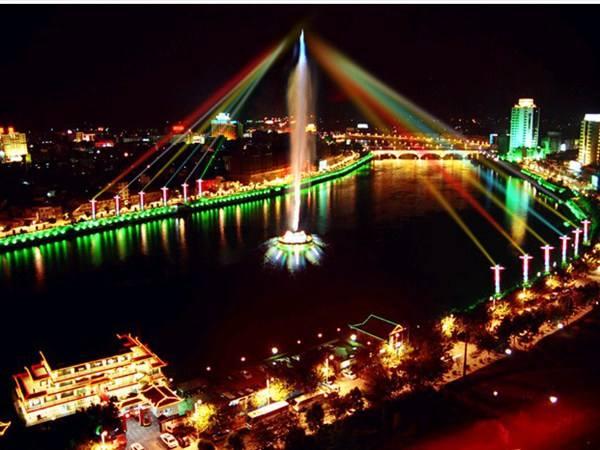 武汉哪里有设计喷泉设备_创造辉煌