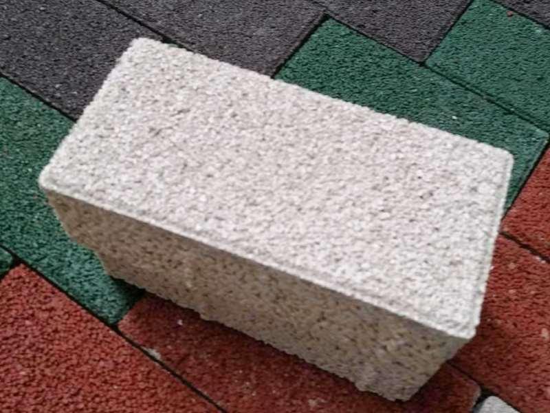 三门峡新型生态陶瓷透水砖价格【推荐】